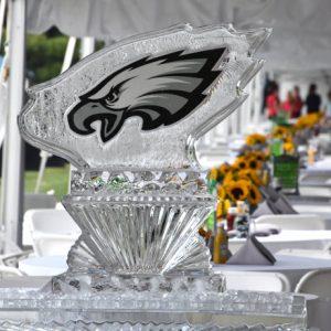 "Eagles Team Picnic Ice Sculpture - 40"" x 50"", 2.5 Blocks"