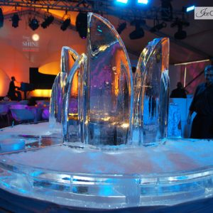 "Abstract Round Seafood Server Ice Sculpture - 70"" Round, 7 Blocks"